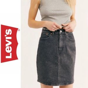 Levi's Premium Essential Jean Skirt - Faded Black